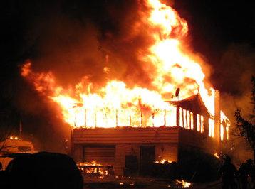 Abşeronda yanan evdən qadın meyiti tapıldı