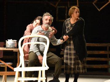 Gənc Tamaşaçılar Teatrının aktyoru