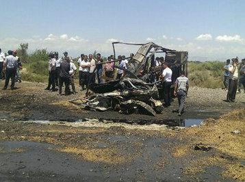 Bakı-Qazax yolunda dəhşətli qəza: iki nəfər diri-diri yandı