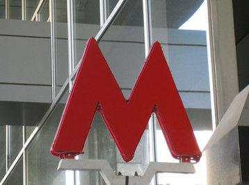 Bakı metrosunda problem yarandı: sərnişinləri vaqonlardan düşürdülər