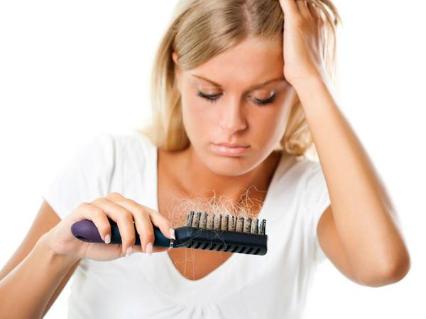 Koronavirusdan sağalanların saçı tökülür
