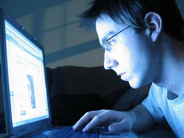 İnternetdə pul qazanmağın yolları