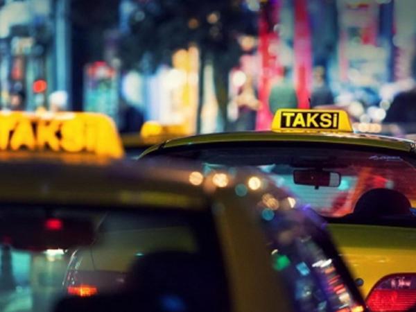 Bakıda taksi sürücüsünü döyərək pulunu və telefonunu apardılar