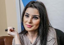 Azərbaycanlı müğənni qısa geyimi ilə göz oxşadı - FOTO