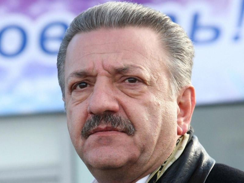Telman İsmayılovun biznes-mərkəzinə məhkəmə qadağası