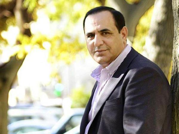 Manaf Ağayev bağ evi tikdirdi