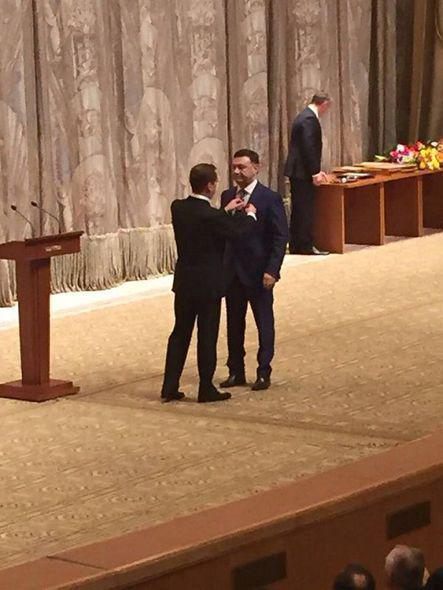 Medvedyev azərbaycanlını medalla təltif etdi - FOTO