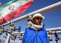"""İran nefti """"boz bazar""""da satılacaq - <span class=""""color_red"""">ABŞ-ın sanksiyalarından yayınmaq mümkün olacaqmı? </span>"""