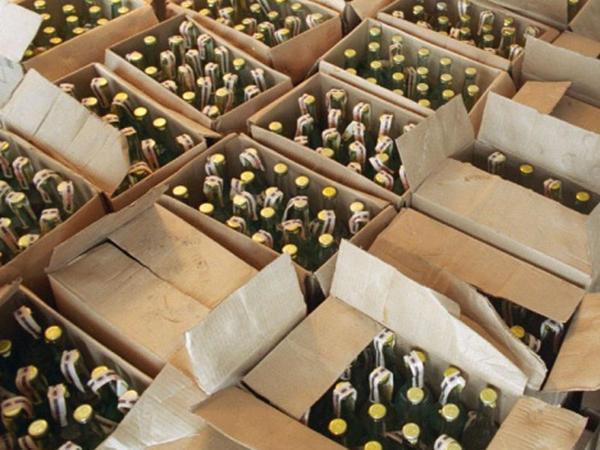 Türkiyədə 200 tondan artıq saxta spirtli içki müsadirə edildi
