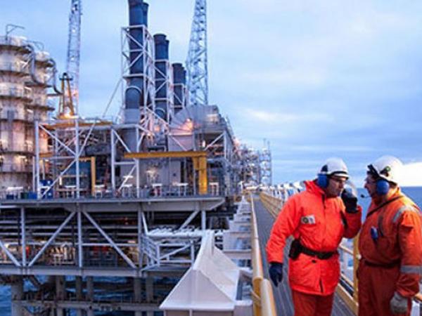 BP-də çalışan Azərbaycan vətəndaşlarının sayı açıqlandı