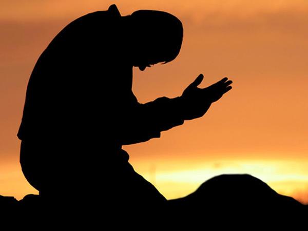 Adı ilə məşhur duanın bağlı olduğu Kümeyl kimdir?