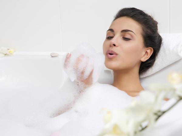 Həkimlər üzun müddət ərzində vanna qəbulunu ziyanlı hesab edir