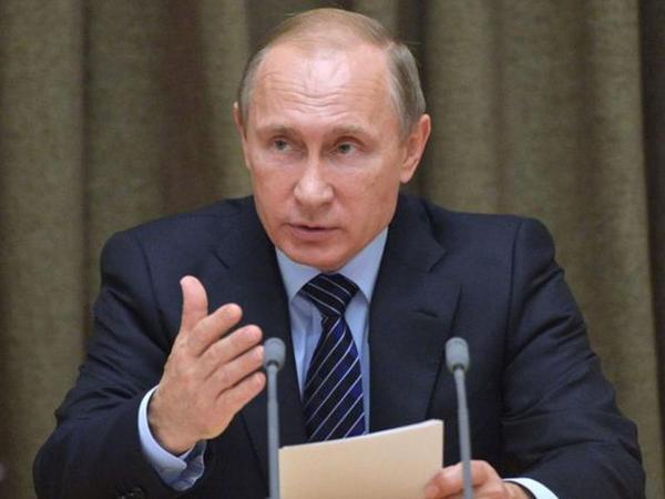 Putin Venesueladakı çevrilişi dəstəkləmədi