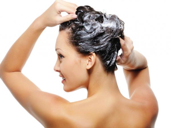 Bu şampun saçların qeyri-adi gözəl görünməsinə səbəb olur