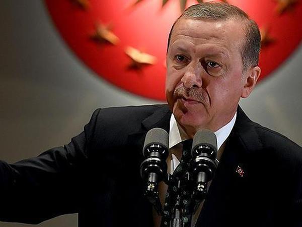 """Ərdoğan: """"Sən kimsən ki, Türkiyə prezidentinə göstəriş verirsən?"""""""