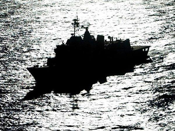 """ABŞ-ın döyüş gəmilərə boğazı keçdi - <span class=""""color_red"""">Ölkə TƏŞVİŞ İÇİNDƏ</span>"""