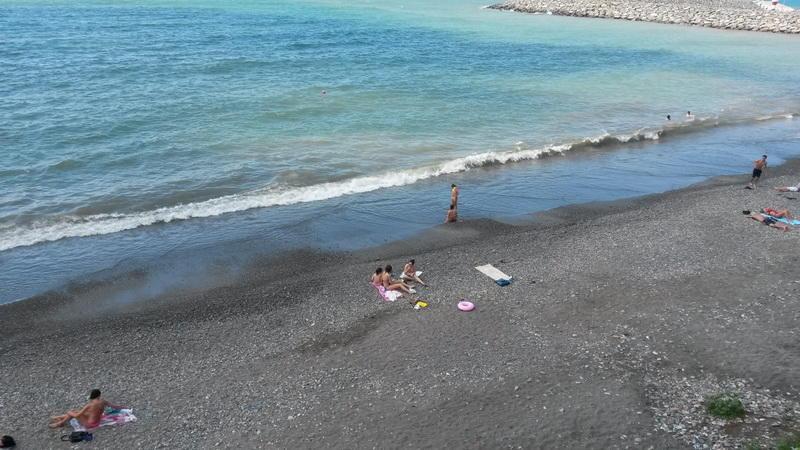Bakıda dəniz kənarında kişi meyiti tapılıb
