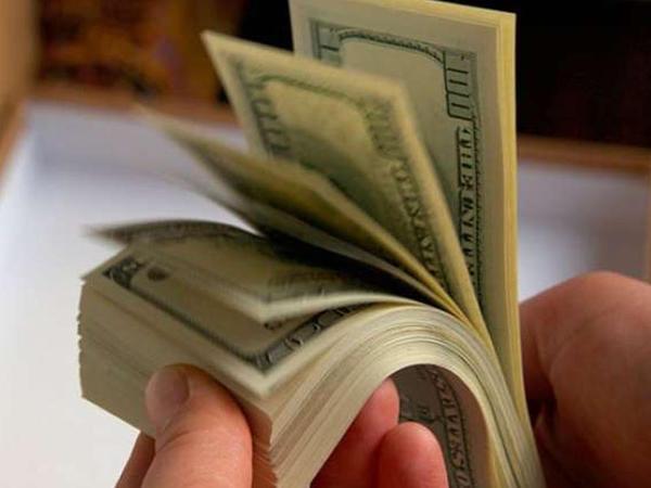 Bakıda bankdan 10 min dollar oğurladılar