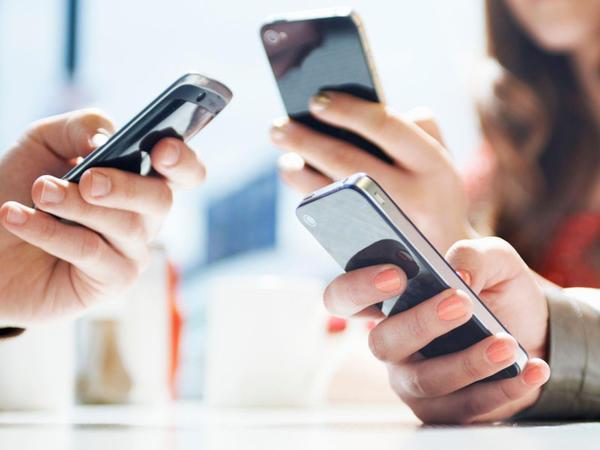 Bu il mobil operatorlar 868,5 milyon manat gəlir əldə edib