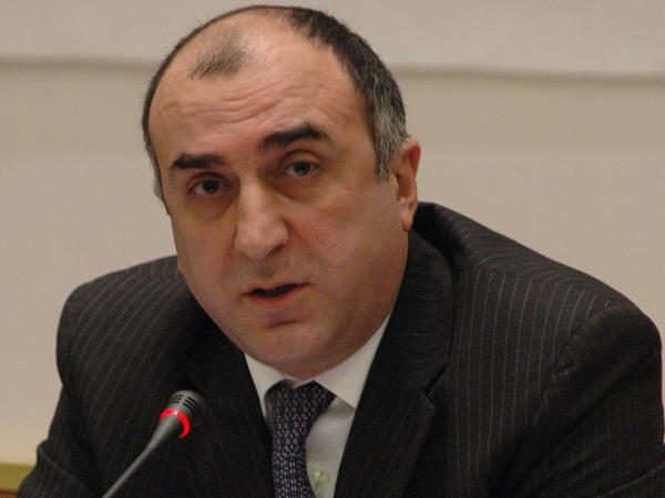 Elmar Məmmədyarov Avropa İttifaqının komissarı ilə görüşüb