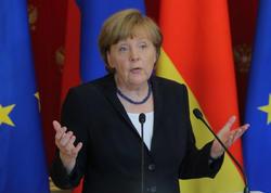 Merkeli titrədən xəstəlik nədir?