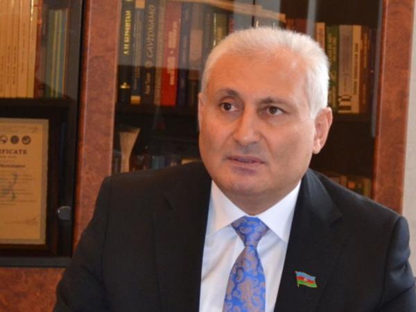 """Deputat: """"Media azadlığının təmin edilməsi və mətbuata qayğı keyfiyyətcə yeni KİV formalaşdırdı"""""""