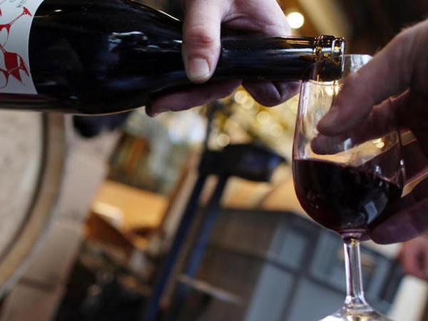 Ölkədə tünd içkilərin istehsal həcminin 5 dəfə az göstərildiyi üzə çıxdı