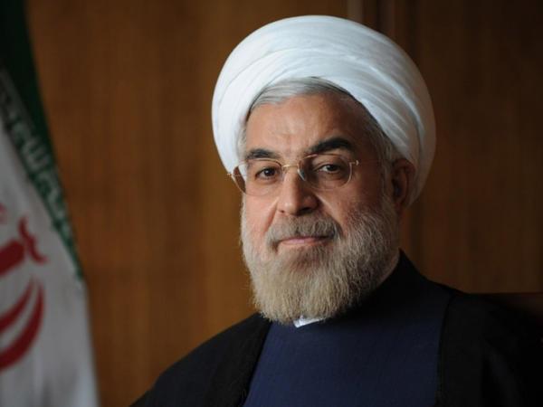 """Ruhani: """"Virusla yaşamağa hazırlaşmaq lazımdır"""""""