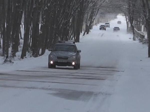 Şamaxıda yollar buz bağlayıb...