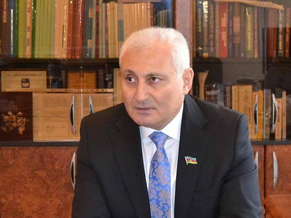 Hikmət Babaoğlu: Sosial layihələrin məhdudiyyətsiz olaraq həyata keçirilməsi dövlətin vətəndaşın yanında olduğunun göstəricisidir