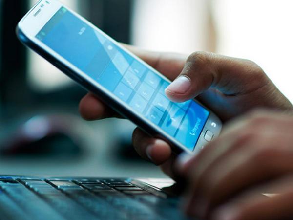 Mobil operatorlar 4 ayda 281 milyon manat qazanıb