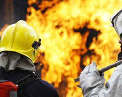 Şirvanda 3 otaqlı ev yandı