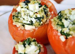 """İspanaqlı pomidor dolması - <span class=""""color_red"""">RESEPT</span>"""