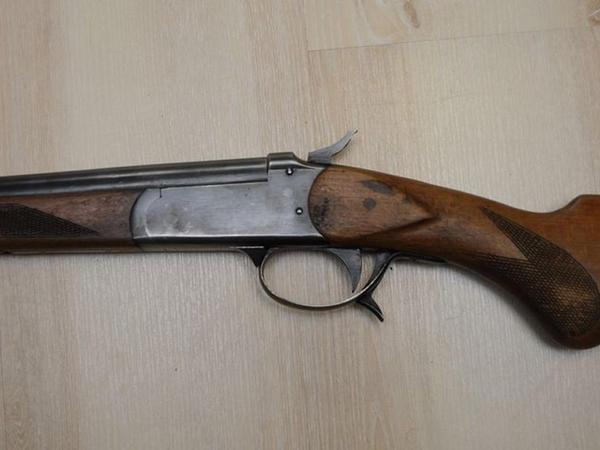 Nardaran sakini silahını polisə təhvil verdi