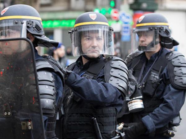 Parisdə etiraz aksiyası zamanı 23 nəfər saxlanılıb