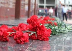 Gömrük Komitəsindən Rusiyaya qanunsuz qərənfil daşınmasına MÜNASİBƏT