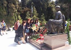 YAP Nizami rayon təşkilatı Qadınları Şurası akademik Zərifə Əliyevanın xatirəsini yad edib - FOTO