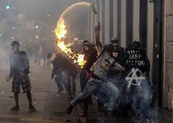 """35 milyon insan hiddətlənib - <span class=""""color_red"""">Braziliyada pensiya qiyamı - FOTO</span>"""