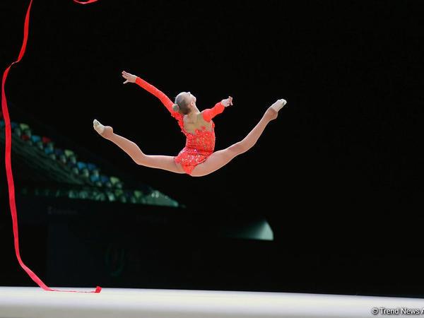 """Bədii gimnastika üzrə Dünya Kubokunun ikinci günündən <span class=""""color_red"""">FOTOREPORTAJ</span>"""
