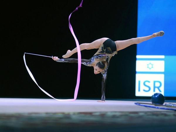 Bədii gimnastika üzrə Dünya Kuboku yarışlarında ən yaxşı məqamlar - üçüncü, final günü - FOTO