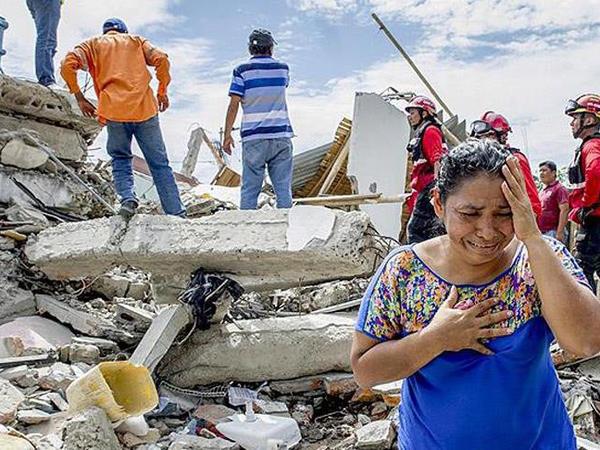 "Kolumbiyada bina çökdü: <span class=""color_red"">20 ÖLÜ</span>"