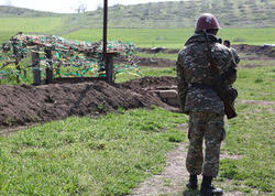 Ermənistanda hərbçi intihar etdi