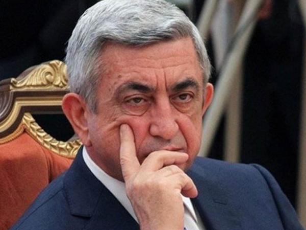 """Serj Sarqsyan istefa verdi - <span class=""""color_red"""">BƏYANATIN MƏTNİ</span>"""