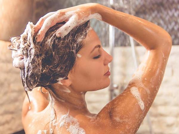 Hər gün duş qəbul etmənin zərərli olduğunu bilirdinizmi?