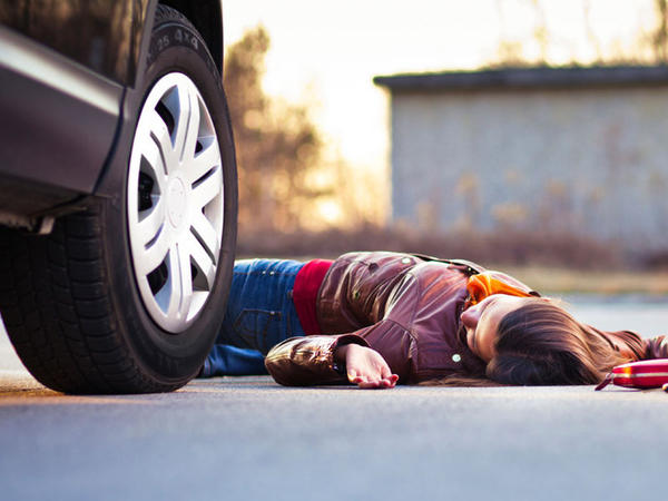 Bakıda 19 yaşlı qızı maşın vurdu