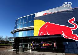 """Formula 1 əfsanəsinin qərərgahından <span class=""""color_red"""">Milli.Az yazır - VİDEO - FOTO</span>"""