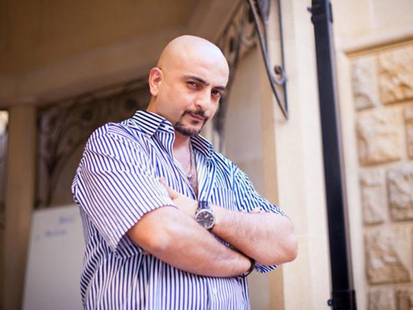 Bu FOTOda gördüyünüz Aqil M.Quliyevdir