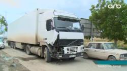 """Rusiyaya tərəvəz daşıyan """"Volvo"""" qəza törətdi - VİDEO - FOTO"""