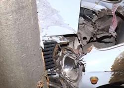 Şəkidə avtomobil ağaca çırpıldı: 3 nəfər yaralandı – VİDEO