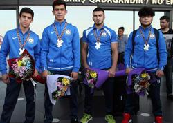 5 medal qazanan cüdoçularımız Bakıya qayıtdılar - FOTO